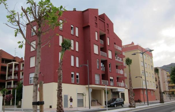 Las hipotecas sobre viviendas en Murcia continúan en mínimos, tras caer un 47,4% en julio, hasta las 401