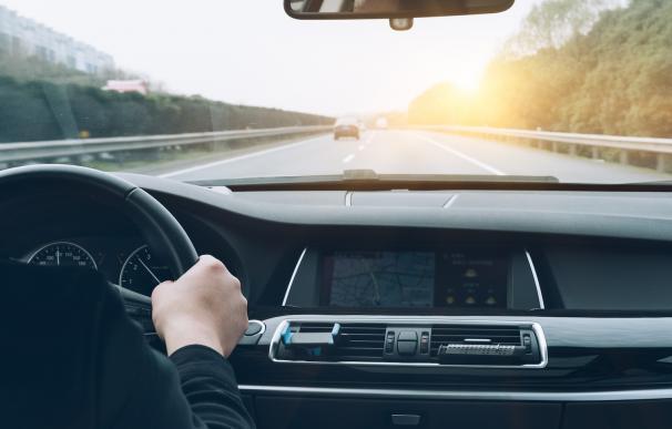 En los atascos aumenta el consumo de combustible, pero con una buena planificación se pueden evitar.