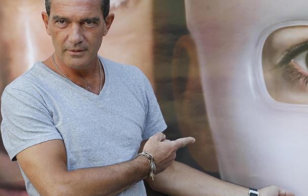 Antonio Banderas también doblará al Gato con Botas en italiano