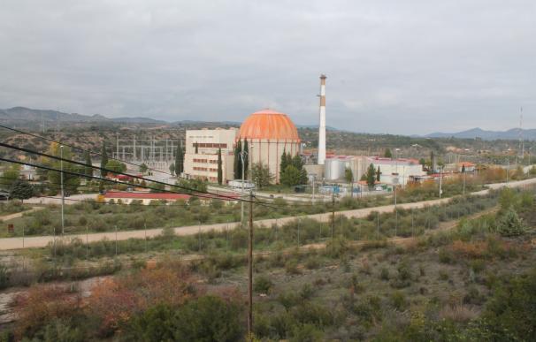 Ocho nucleares francesas recuperarán este mes su actividad y contribuirán a bajar la luz en España