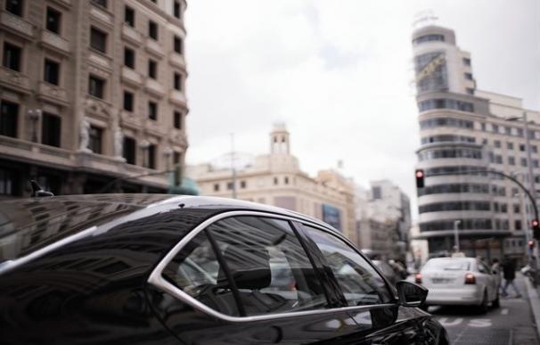 El Supremo permite a Unauto VTC, Uber y Cabify personarse en el juicio de la CNMC de los VTC