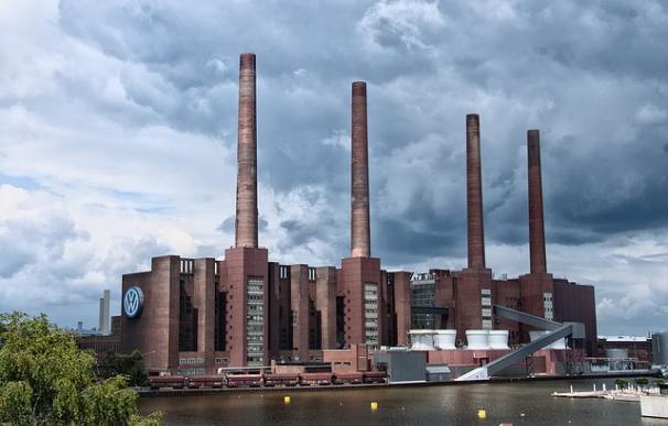 Una de las centrales térmicas de Wofsburgo / Pixabay