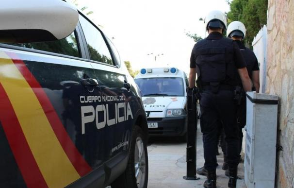 Fotografía de agentes de Policía Nacional.