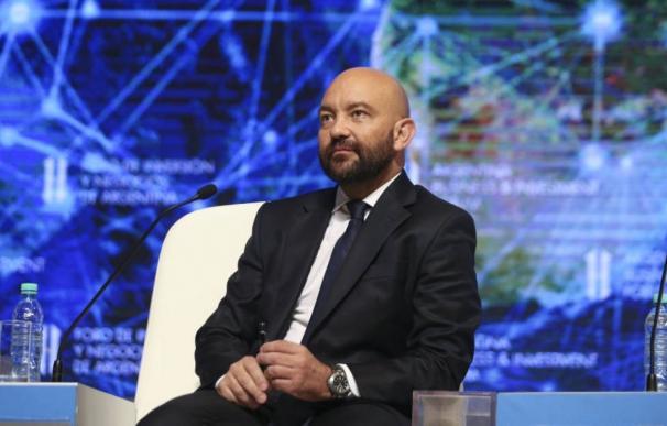 García-Legaz mantiene la subasta digital en Aena hasta en contratos críticos