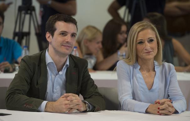 Pablo Casado y Cristina Cifuentes en la clausura del Campus de Verano de NNGG