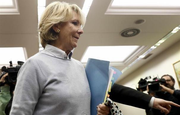 La expresidenta de la CAM a su llegada a la Comisión.