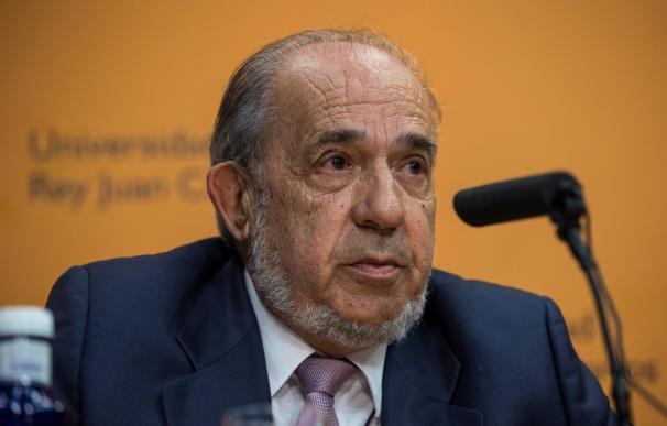 Enrique Álvarez Conde, exdirector del IDP.