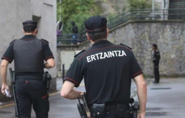 Imagen de archivo de agentes de la Ertzaintza