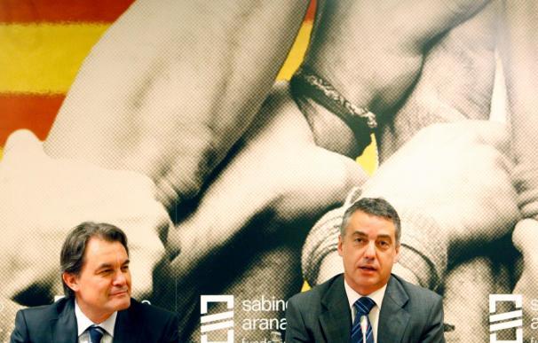 El presidente de la Generalitat, Artur Mas, y el lehendakari del País Vasco, Iñigo Urkullu.