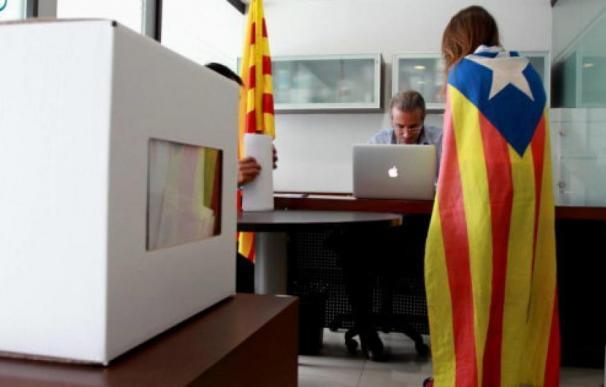 Fotografía de urnas en Cataluña