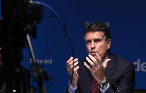 El consejero delegado de Banco Sabadell, Jaime Guardiola, durante la rueda de prensa ofrecida para presentar los resultados