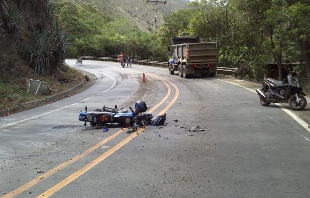 Una quinta parte de los fallecidos en carretera hasta abril murió en accidentes con una moto implicada