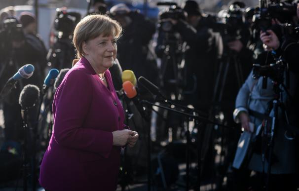 La canciller alemana, Angela Merkel,a su llegada a la sede de la CDU