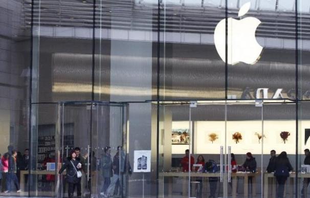 Vista de una tienda Apple en Pekín (China). EFE