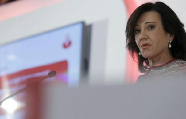 La presidenta de Banco Santander, Ana Botín, que ha sido nombrada empresaria del año por Foment del Treball / EFE