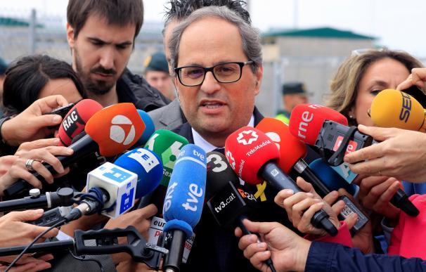 Quim Torra en declaraciones a los medios tras su visita a los políticos independentistas presos