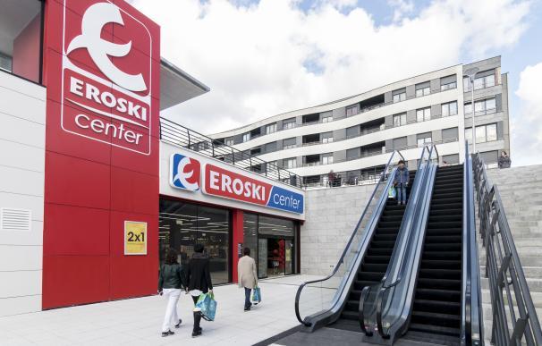 Imagen del exterior de un establecimiento de Eroski.
