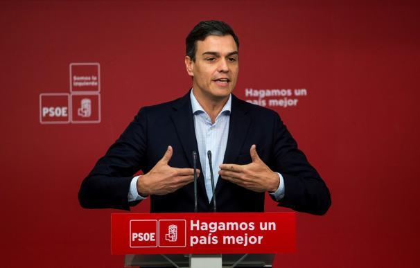 Pedro Sánchez durante una rueda de prensa en Ferraz