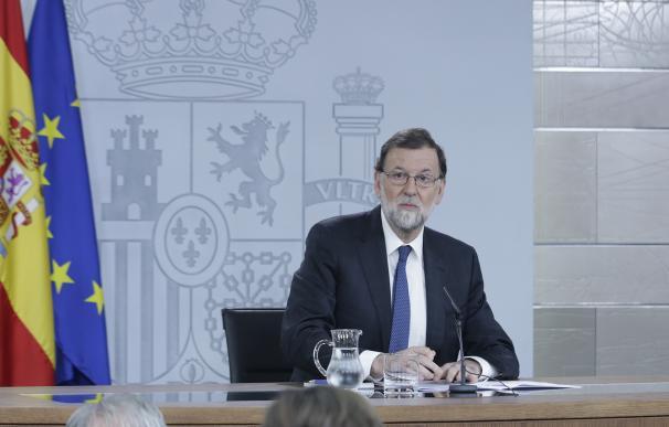 Rajoy acusa a Sánchez de estar dispuesto a todo para gobernar