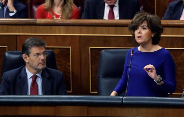 Soraya en la sesión de control del Congreso./ EFE