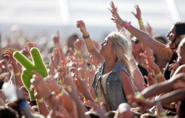 Fotografía de un festival de música de verano.