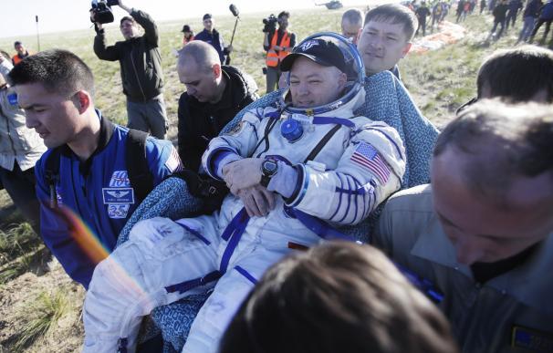 Un astronauta, tratado como un héroe