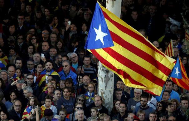 No es que el dinero se vaya, es que ya no llega: el impacto del 'procés' penaliza a Cataluña