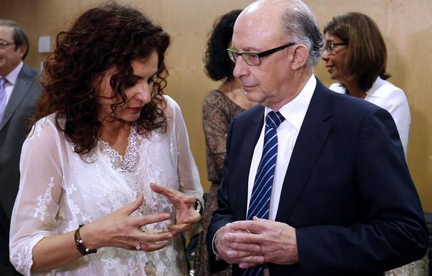 Cristóbal Montoro y María Jesús Montero