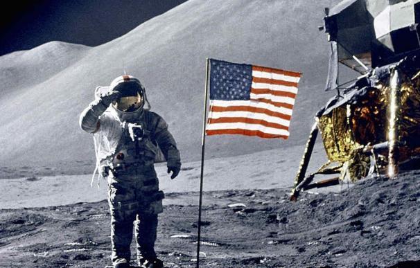 EEUU es la única nación que ha plantado su bandera en la Luna.