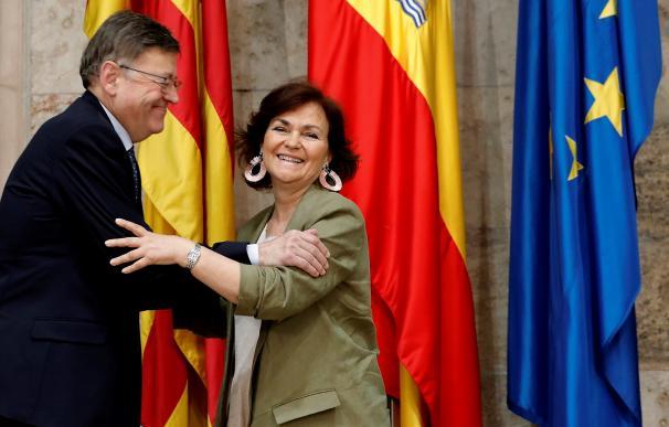 Carmen Calvo y Ximo Puig en Valencia. / EFE
