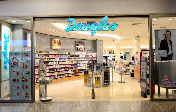 Imagen de una tienda de Douglas.