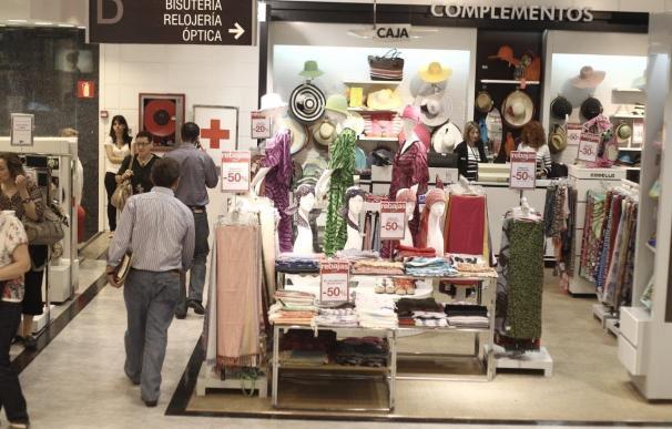 La libertad de horarios impulsa un 18% las compras de los turistas extranjeros, según Anged