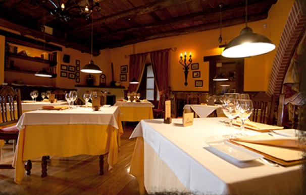 Mesón del restaurante El Ermitaño