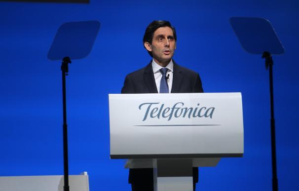 Álvarez-Pallete pide respeto para el sector de las telecomunicaciones