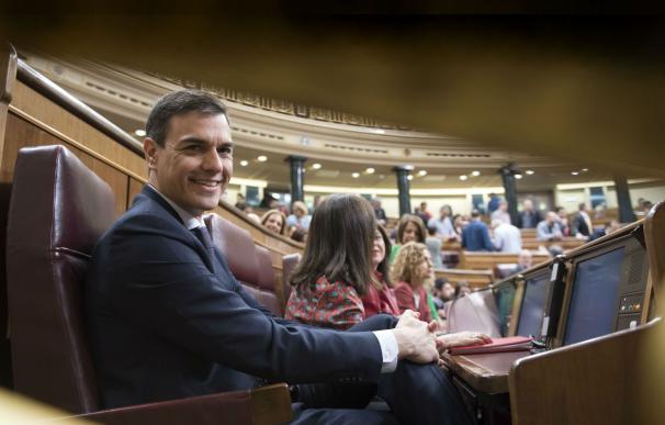 Del equipo Sugus a Moncloa: Sánchez utilizó Whatsapp y Twitter para llegar al poder