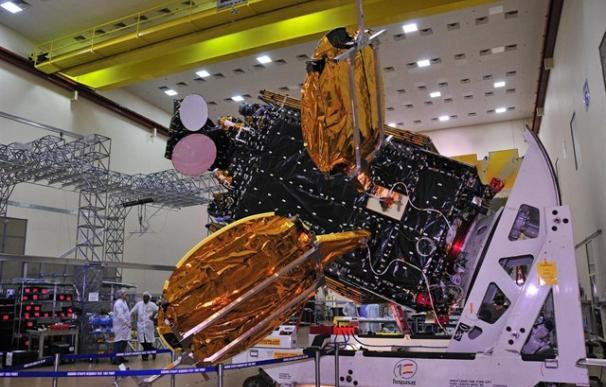 Hispasat ha desplegado antenas para la banda ancha vía satélite.