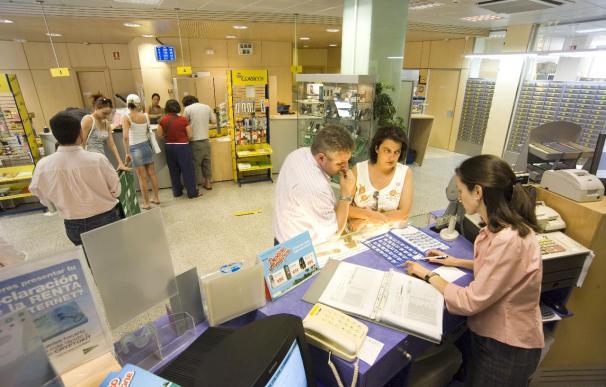 Correos ofrece a sus clientes custodiar su correspondencia cuando no están en sus domicilios