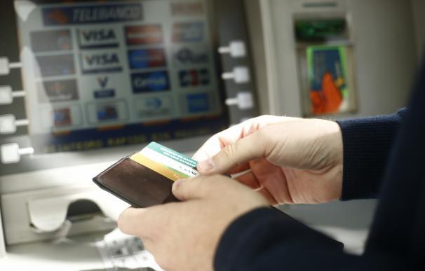 Los ciberdelincuentes ante el reto que supone la biometría en los cajeros automáticos