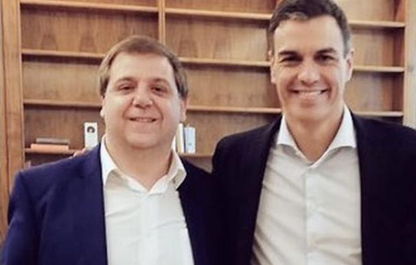 Juanma Serrano y Pedro Sánchez