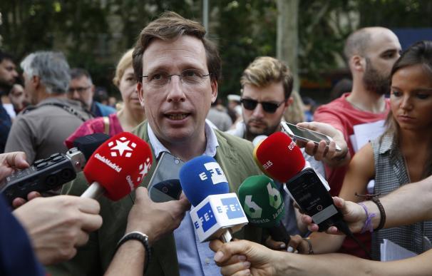 El portavoz del PP, José Luis Martínez-Almeida. / EFE