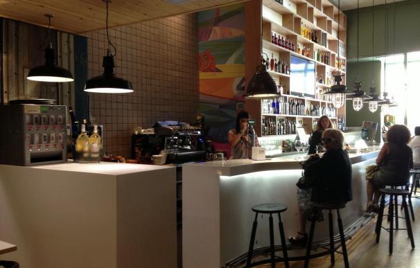 Interior del bar de Cos.
