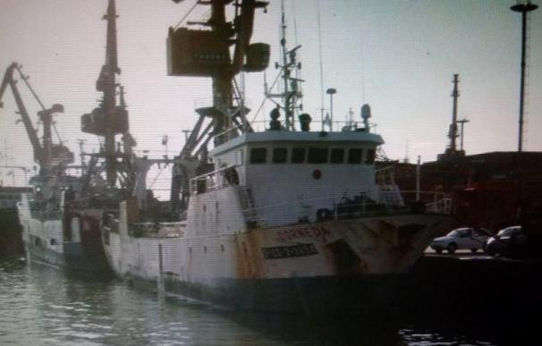 Vista general del buque pesquero español 'Dornera'
