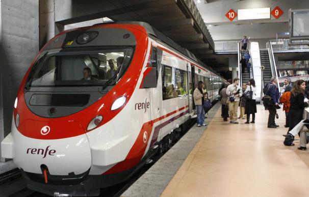 Imagen de un tren de Cercanías en Madrid.
