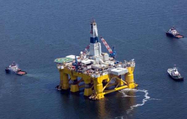 Al menos 3 de los 5 tienen entre sus principales apuestas en Europa a las petroleras (Foto: Greenpeace)
