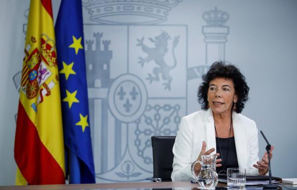 Isabel Celaá durante la rueda de prensa porterior al Consejo de Ministros