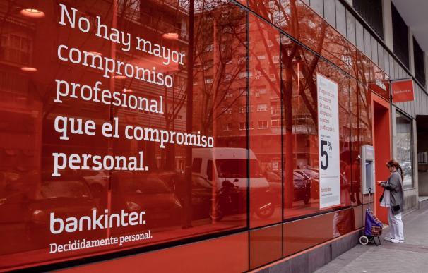 Bankinter reduce a la mitad su comisión para pequeñas operaciones en Bolsa