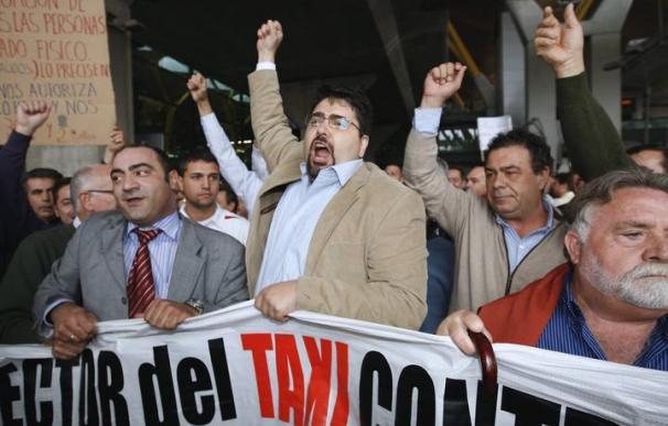 José Antonio Parrondo, hoy líder de la VTC, en una manifestación contra el intrusismo en el sector del taxi en 2009.
