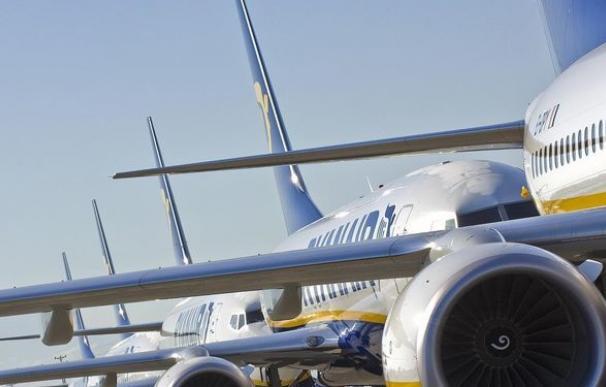 Ryanair amplía las cancelaciones de sus vuelos al reducir su calendario invernal