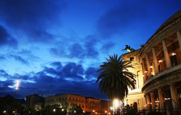 Imagen nocturna de la mística Palermo.