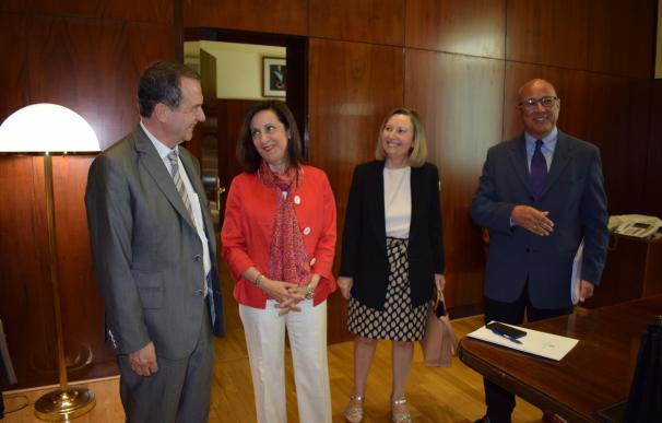 Margarita Robles y Abel Caballero